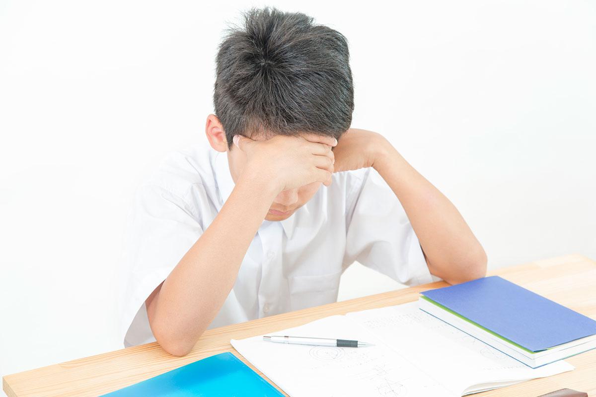 中学生 勉強のイメージ